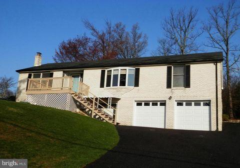 13847 Pennersville Rd, Waynesboro, PA 17268
