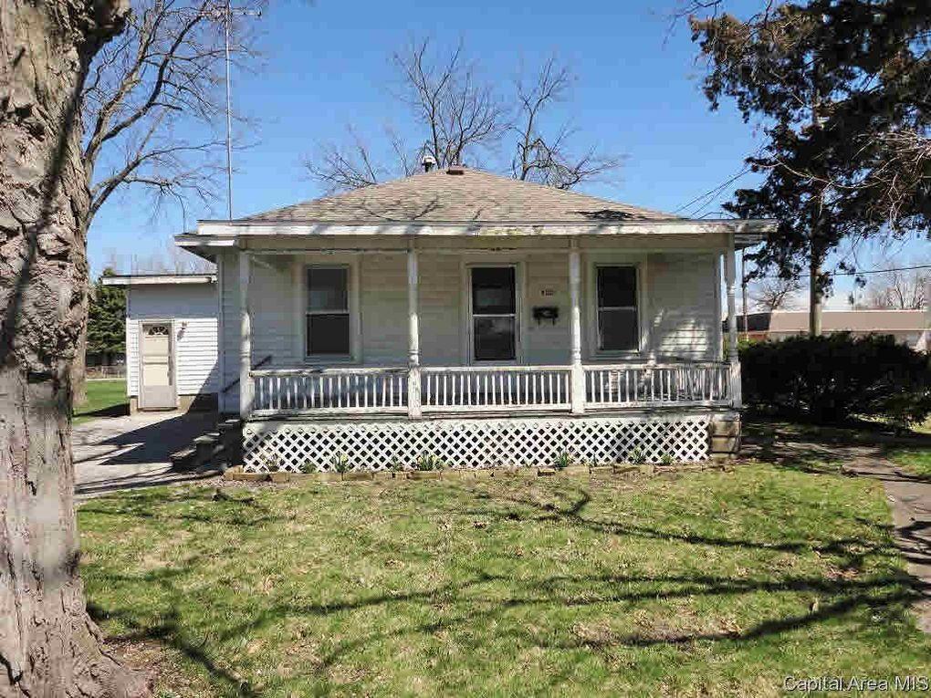 400 N Ridge Ave, Taylorville, IL 62568