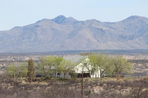 Photo of 1235 N Dog Ranch Trl, Saint David, AZ 85630