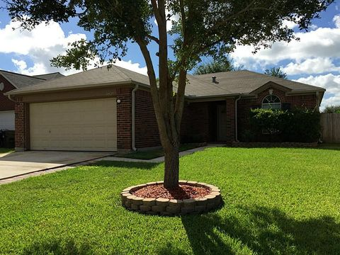 Photo of 34527 Parkview Dr, Brookshire, TX 77423
