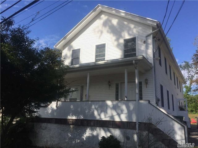 129 South St, Port Jefferson, NY 11777