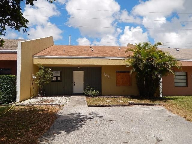 5653 Kimberton Way, Lake Worth, FL 33463