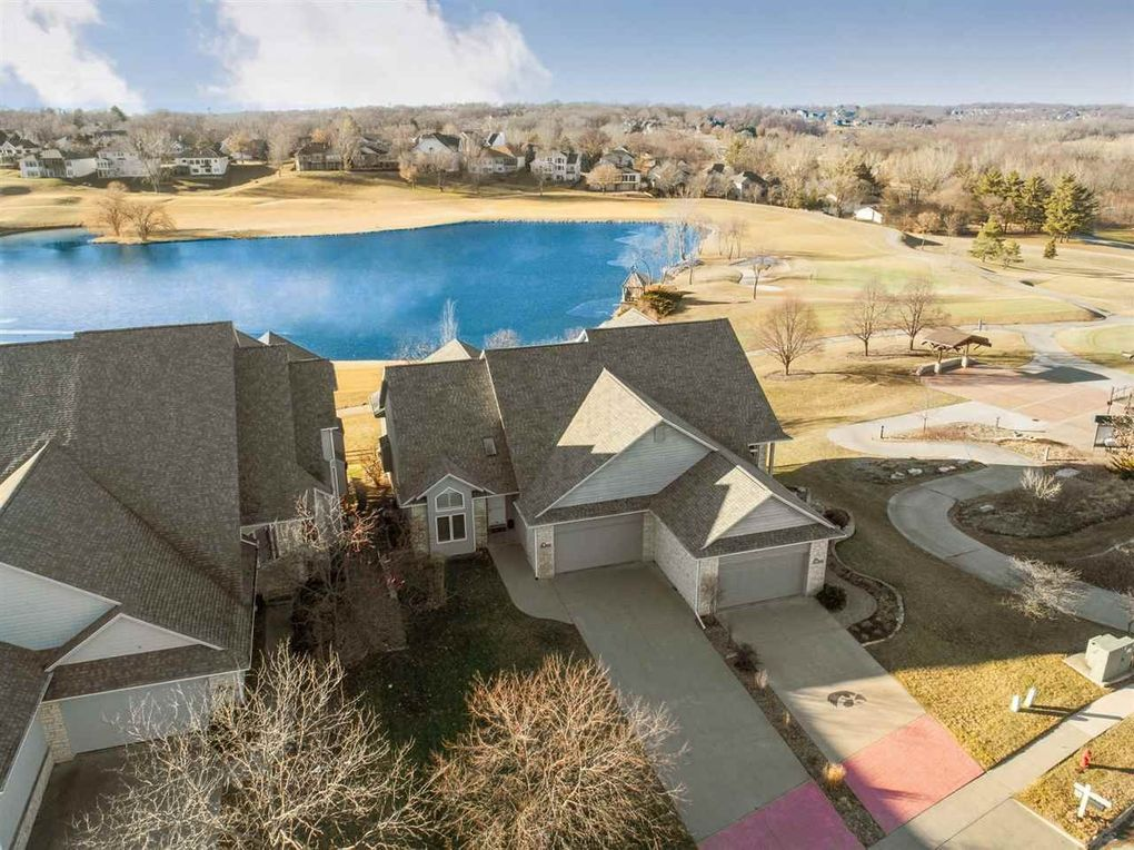 1860 Country Club Dr Coralville, IA 52241