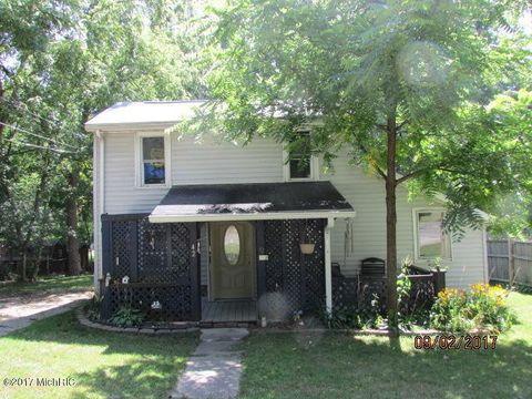 42 W Fayette St, Hillsdale, MI 49242
