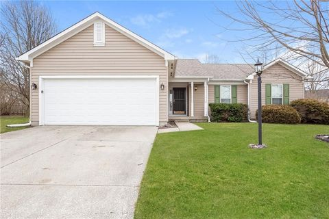 Photo of 515 Palmyra Dr, Westfield, IN 46074