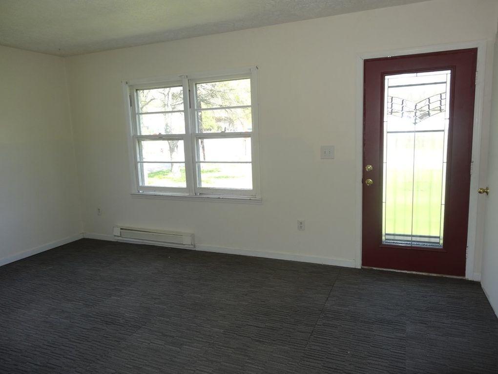 269 Virginia Ave, Alderson, WV 24910