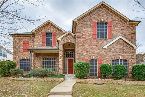 Keller TX Homes With Special Features