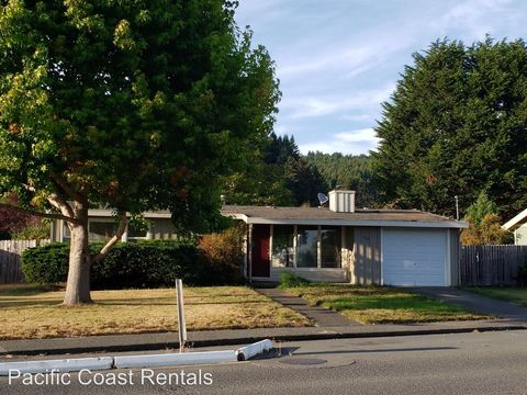 Photo of 1112 Chester Ave, Arcata, CA 95521