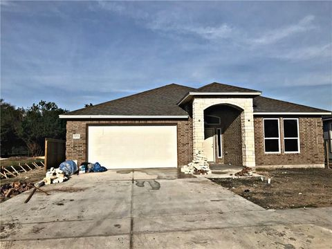 3033 Oakdale Xing, Corpus Christi, TX 78418. House For Sale