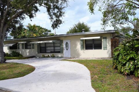 Astonishing 2091 N Palm Cir North Palm Beach Fl 33408 Home Remodeling Inspirations Cosmcuboardxyz