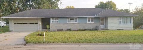 107 S 5th Ave W, Lake Mills, IA 50450