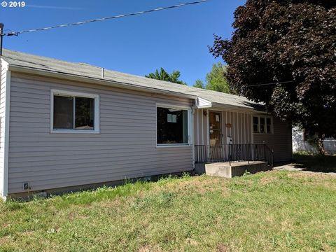 Photo of 1605 Auburn Ave, Baker City, OR 97814
