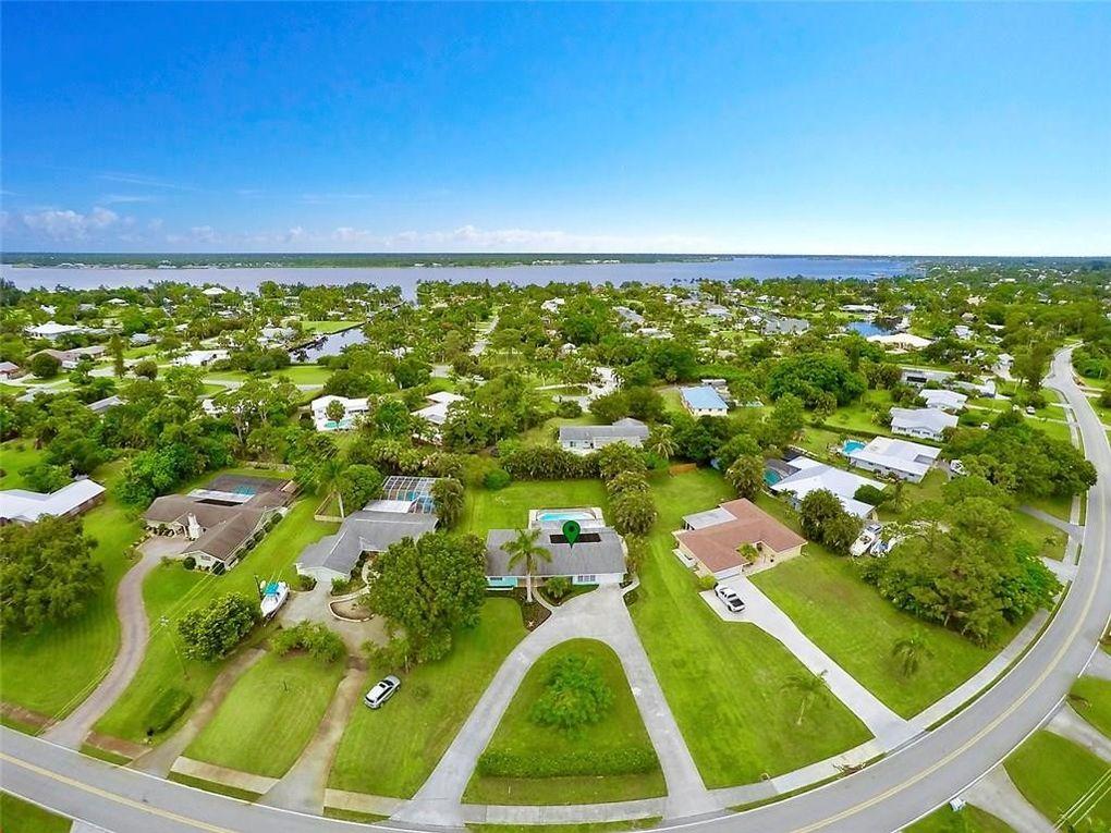 1230 Nw Pine Lake Dr, Stuart, FL 34994