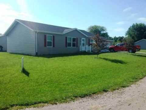 Photo of 302 Allen St, Lenox, IA 50851