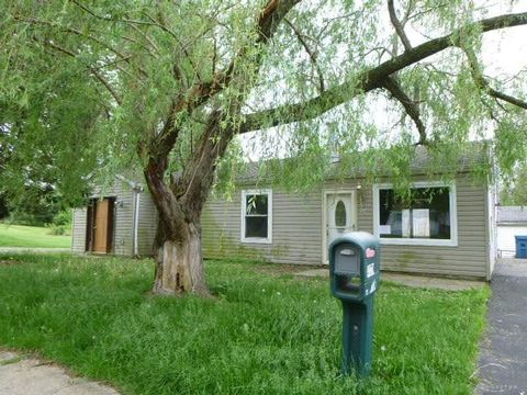 Photo of 4170 Oakdell Ave, Dayton, OH 45432