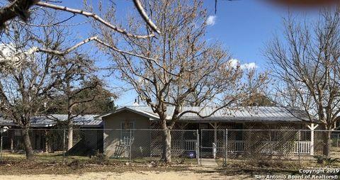 844 Highway 173, Bandera, TX 78003