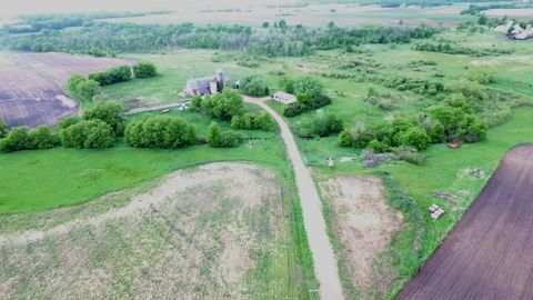 41757 County Road 13, Melrose, MN 56352