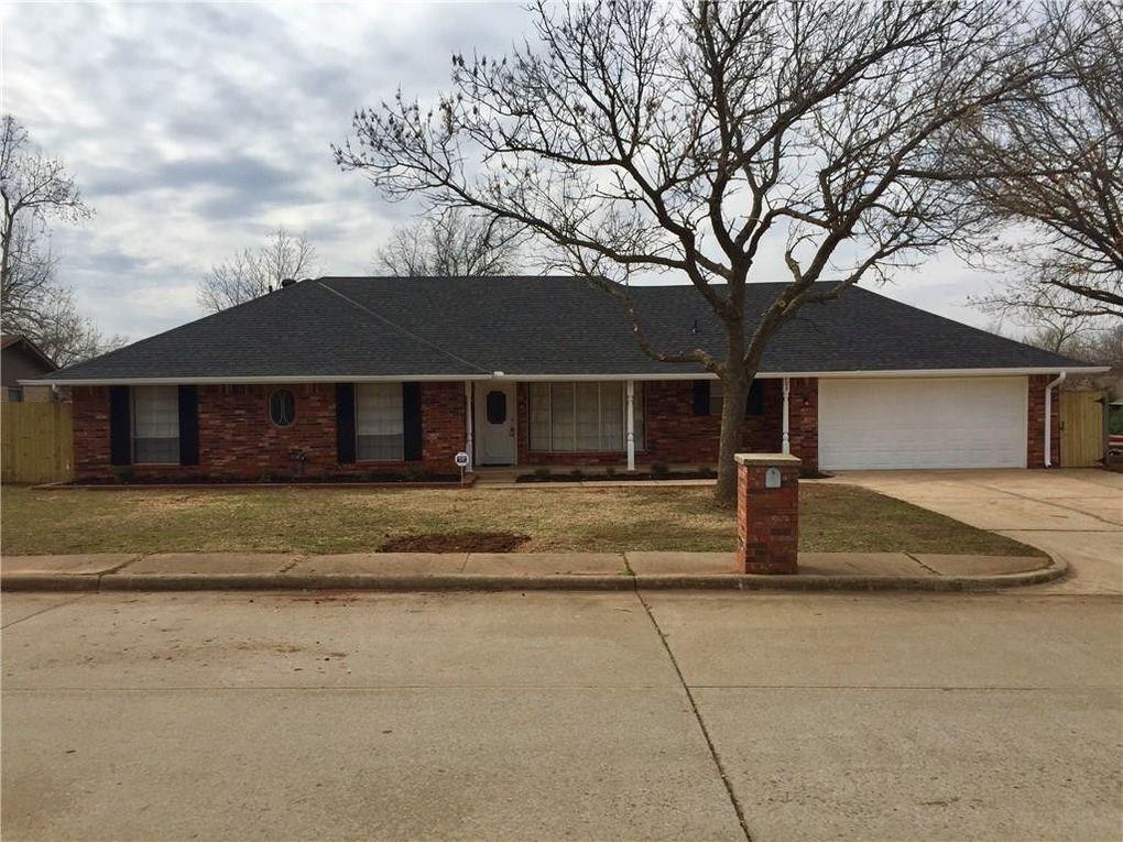 708 Banner Ave Edmond Ok 73013 Home For Rent Realtorcom