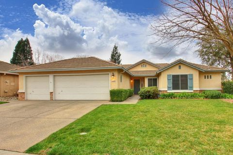 Photo of 11759 Tenderfoot Dr, Gold River, CA 95670