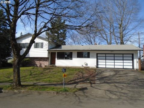Photo of 1923 Se 160th Ave, Portland, OR 97233