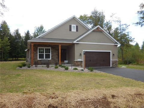 Photo of 5103 Forest Ridge Dr, Rome, NY 13440