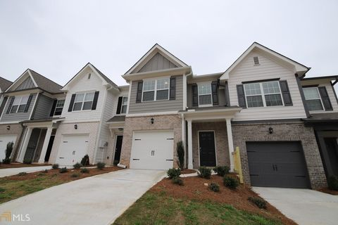 Photo of 85 Chastain Cir, Newnan, GA 30263