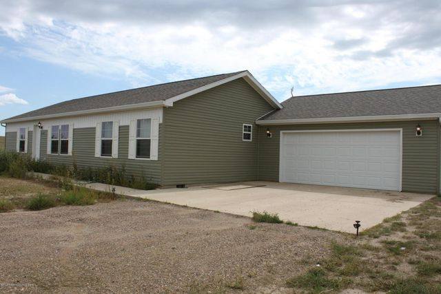 12202 mc kenzie view dr watford city nd 58854 home for for Q kitchen watford city
