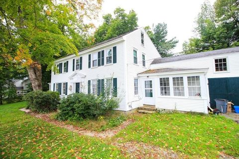 Photo of 20 Temple St, Greenville, NH 03048