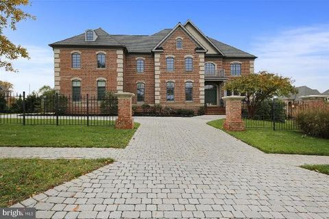 Photo of 6008 Lux Ln, North Bethesda, MD 20852