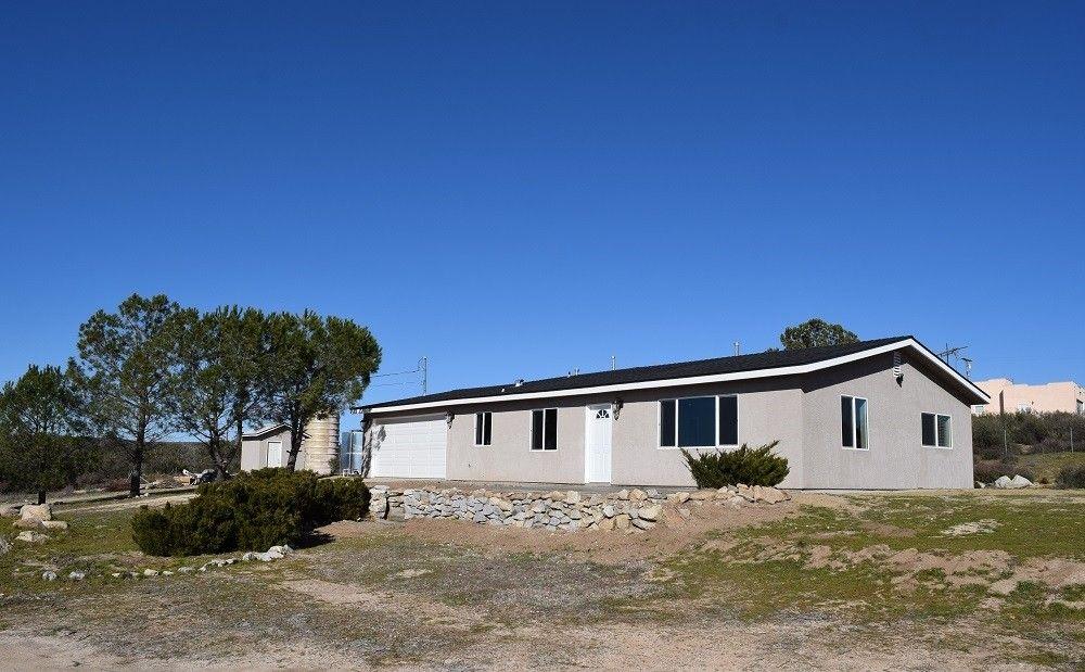 562 Tierra Del Sol Rd Boulevard, CA 91905