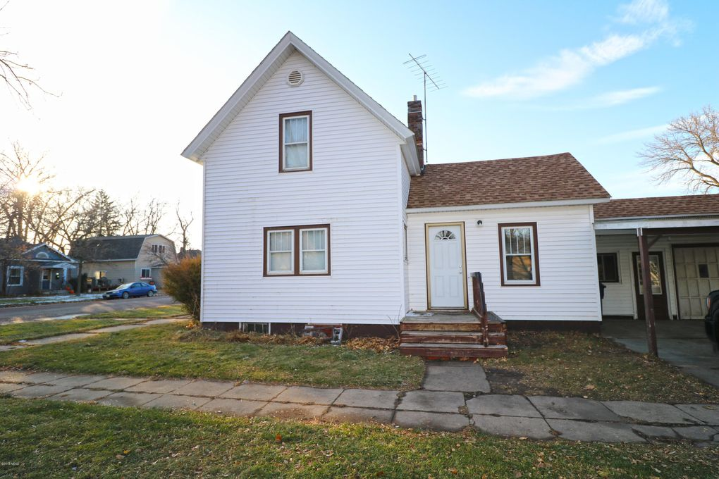 301 3rd Ave Sw Watertown Sd 57201 Realtor Com