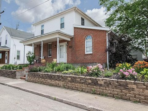 304 Roth St, Botkins, OH 45306