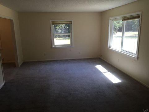5600 Camellia Ave, Milton, FL 32570