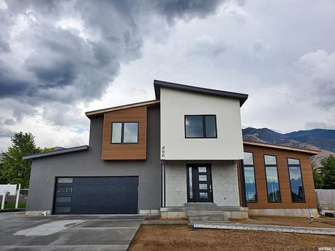 Photo of 466 S 970 E, River Heights, UT 84321