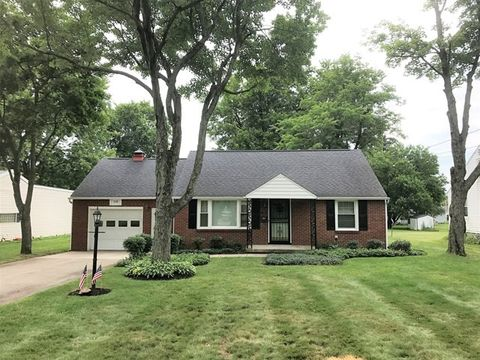 119 Woodbine Dr, Ontario, OH 44906