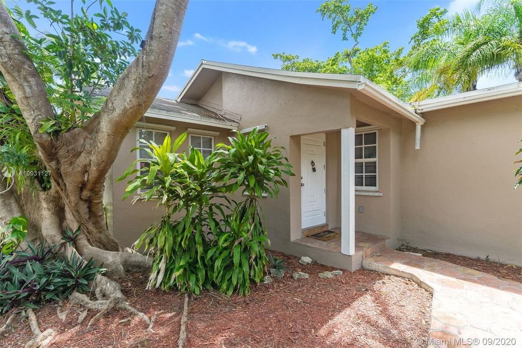 8375 SW 136th St Pinecrest, FL 33156