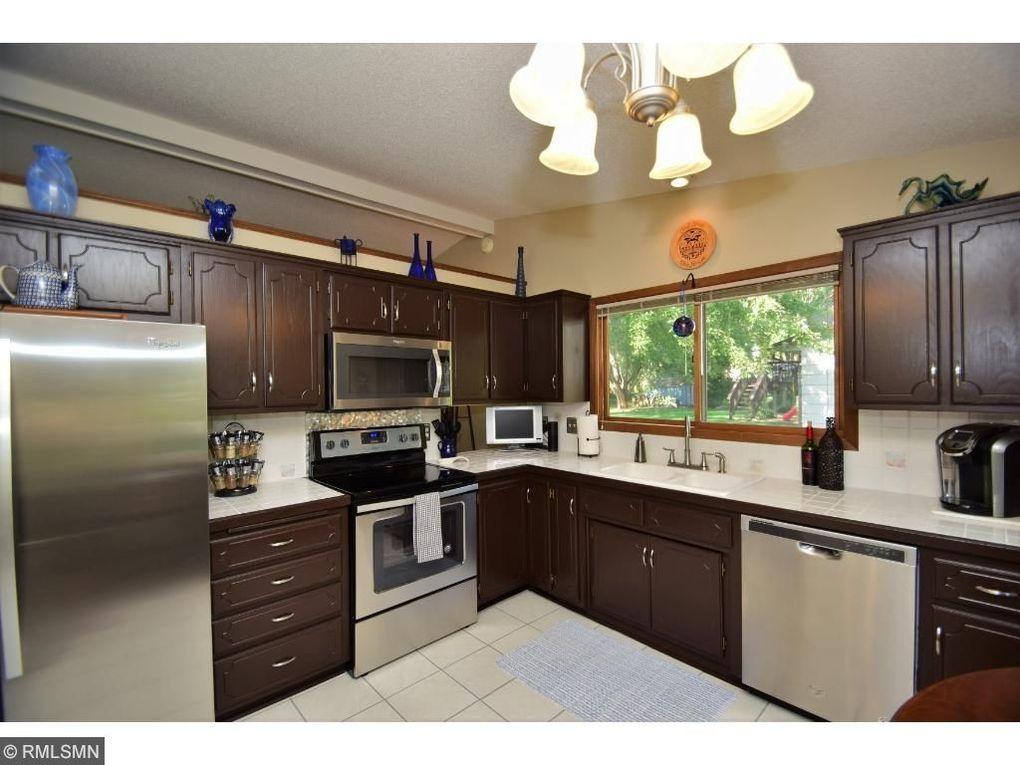 9791 Ives Ln N, Maple Grove, MN 55369