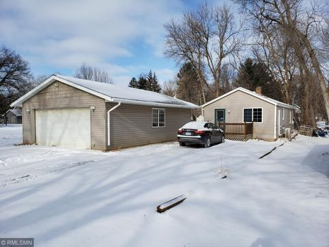 Photo of 13155 Sylvan Ave, Lindstrom, MN 55045
