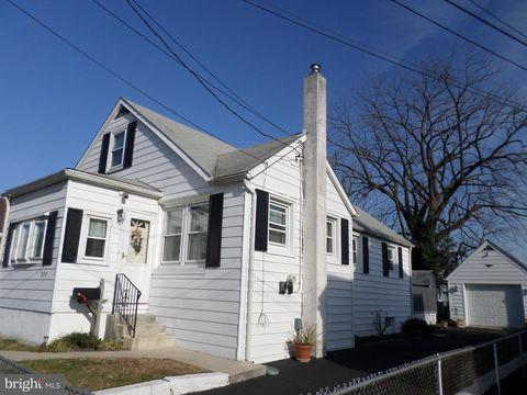 310 Lagrange Ave, Essington, PA 19029