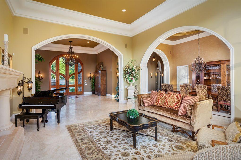 6363 Calle Del Campanario, Rancho Santa Fe, CA 92067 on