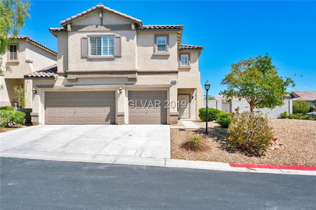 10400 Golden Reflection Ct, Las Vegas, NV 89129