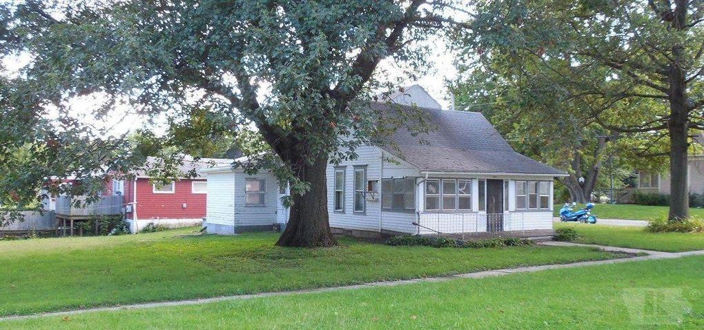 611 Pine St Tarkio, MO 64491
