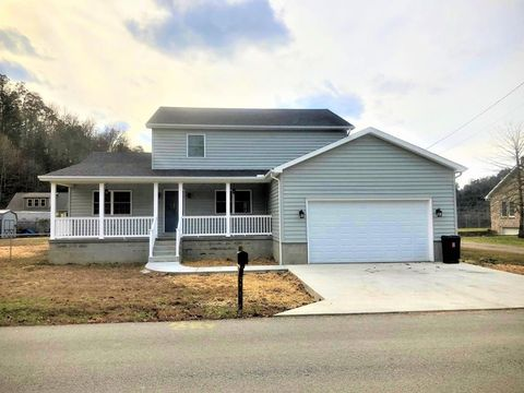 Photo of 863 Broadbottom Rd, Pikeville, KY 41501