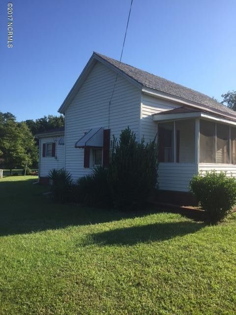 5976 Pine St, Bailey, NC 27807