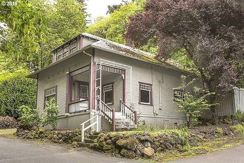 216 3rd Ave, Oregon City, OR 97045