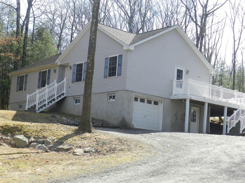 1508 Pine Field Rd Stroudsburg, PA 18360
