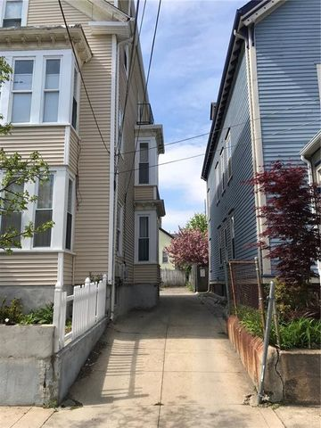 Photo of 111 Ring St, Providence, RI 02909