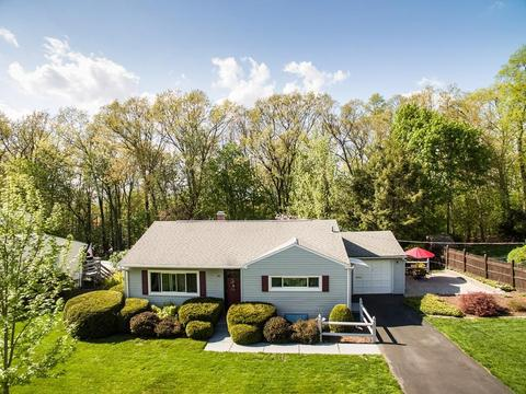 66 Audley Rd, Springfield, MA 01118