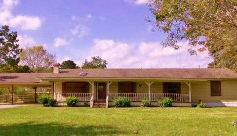 Photo of 173 Park Loop, Chester, TX 75936
