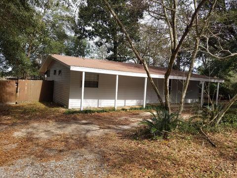 Photo of 2307 Lewis St, Crestview, FL 32536